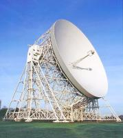 Jodrell Bank radio telescope - click for full size image
